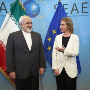 Zarif, Mogherini Discuss JCPOA in Singapore