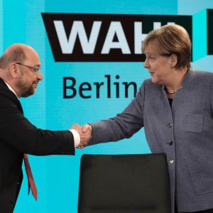 SPD Says Ready for Talks to End German Political Crisis
