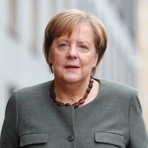 Merkel Believes 3-Way Coalition  Can Work, Greens Skeptical