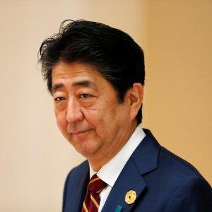 Abe Hails  Fresh Start to Japan-China Ties