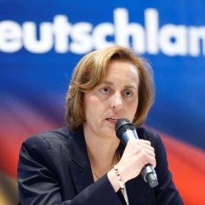Far-Right German MP Slammed for Anti-Muslim Message