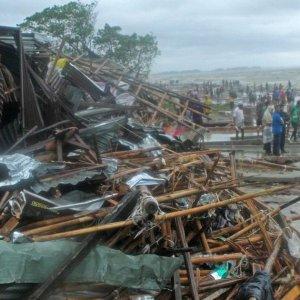 Mora Makes Landfall in Bangladesh
