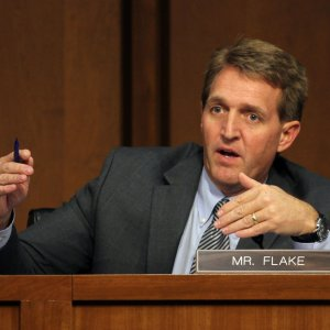 """GOP Senator Attacks """"Reckless, Outrageous"""" Trump"""