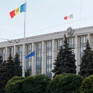 Moldova Expels 5 Russian Envoys