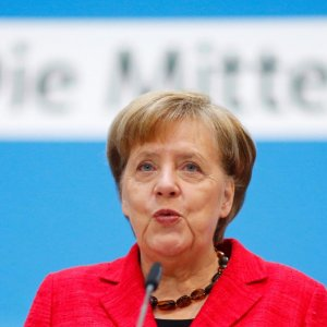 Merkel Says Germany to Start Work With France on Trade, China, Syria War