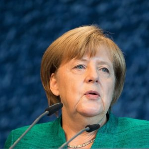Merkel Supports Coalition With Greens, Free Democrats