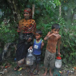 Rights Group Uncovers Summary Executions of Rohingya by Burma Army
