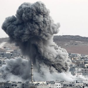 Heavy smoke rises following an airstrike by the US-led coalition aircraft in Syria (File Photo)