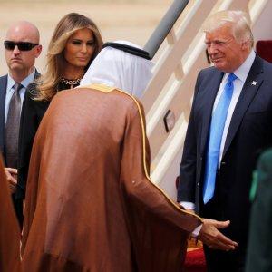 King Salman (C) receives Donald Trump and First Lady Melania Trump in Riyadh, Saudi Arabia, on May 20.