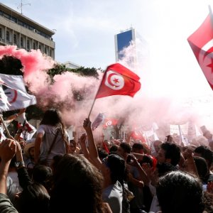 Thousands March Against Tunisia's Amnesty Bill
