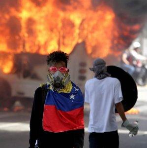 Venezuela Opposition Calls New Strike As Violence Flares