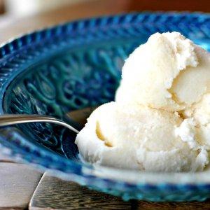 Iran's ice cream market is worth about 3 trillion rials ($73.63 million) per year.