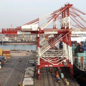 Super Cranes on Way to Shahid Rajaee Port