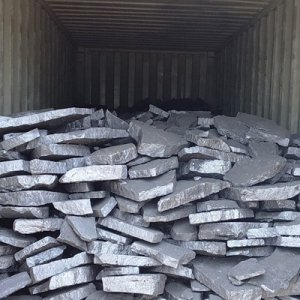 On average, 3 to 5 kilograms of ferrosilicon are required to produce a ton of steel.