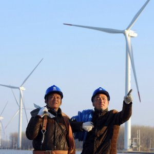 China's Solar, Wind Sectors to Attract $782b by 2030