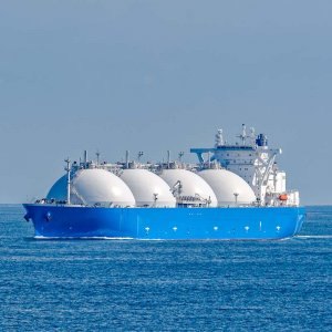 China Threatens 25% Import Tariff on US LNG