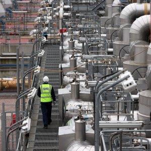 ONGC Seeking to Diversify Assets Amid Iran Gas Row