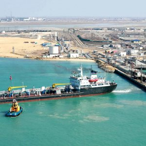 To purchase the terminal's facilities, including oil pipes, some $600m is required.