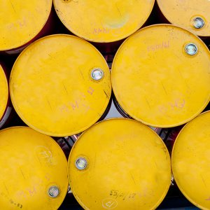 Kuwait Sees Oil Glut Easing