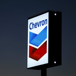Chevron Posts First  Annual Loss in Decades