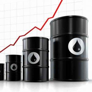 TeleTrade: Oil Could Reach $250 If Iran Blocks Strait of Hormuz