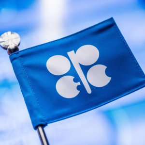 OPEC Needs Output Cuts Until Late 2018