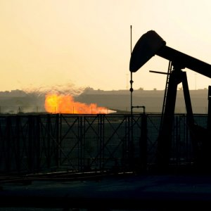 Crude Prices Extending Strong Gains
