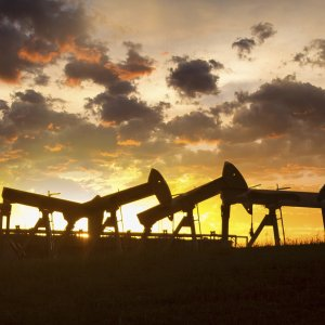Brent, WTI Prices Steady After 3-Week Highs
