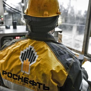 Rosneft Revenues Rise