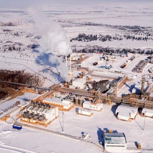 Russia May Be Better Off Quitting Crude Cut Extension