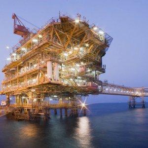 Ten South Pars Platforms Under Construction