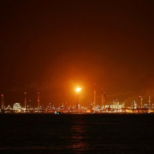 Singapore Uncovers Large Oil Theft at Shell Refinery