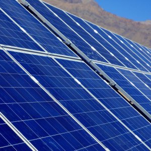 Norway's Saga Signs $2.9b Iran Solar Power Venture