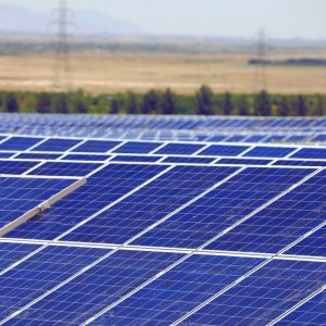 Germans to Invest $120m in  Yazd Solar Power Venture
