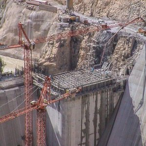 IWPCO to Hold Tender for Karun II Dam, Power Plant