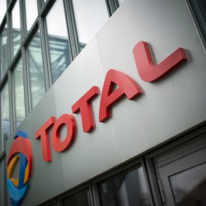 Total in Talks For Stake in LNG Export Facility