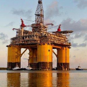 US Oil Industry Lobbies Against Russia Sanctions