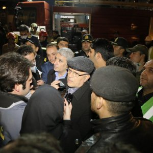 Central Bank of Iran Governor Valiollah Seif visited the site of the tragic building collapse in Tehran on Jan. 21.