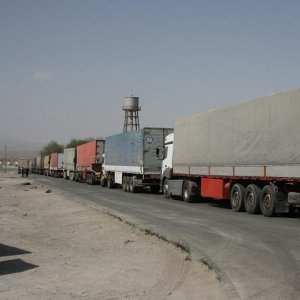 With the closure of the Turkish-Iraqi Kurdistan borders, Turkish trucks will go to Iraq via Iran.