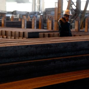 Iranian steelmakers' exports were continuously on the rise month-on-month save for Mehr and Ordibehesht, the seventh and second months of the Iranian year respectively.