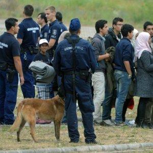 Hungary Will Detain All Asylum-Seekers