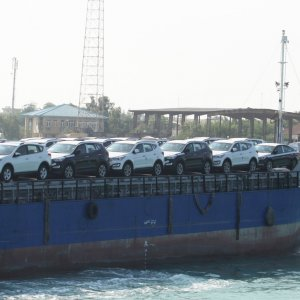 According to Ministry of Industries, imported car prices should not be increased on the pretext that foreign currency prices have risen over the past month.