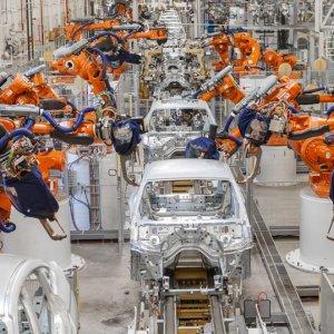 BMW Extends Production Halts