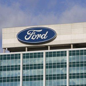 Ford May Slash 12% of Jobs in EU Revamp