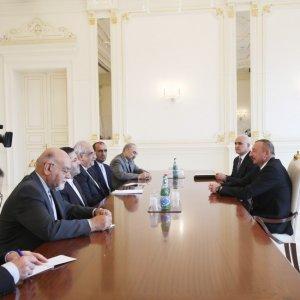 Iran, Azerbaijan Might Produce Buses Under Azermash JV