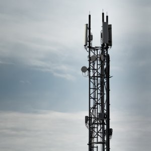 Huawei is already pushing its 4G modems through mobile carriers like MTN-Irancell