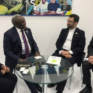 Iran's Telecoms Minister Mohammad Javad Azari Jahromi (2nd R) and his South African counterpart Siyabonga Cwele (2nd L) met on September 27 in Busan, South Korea.