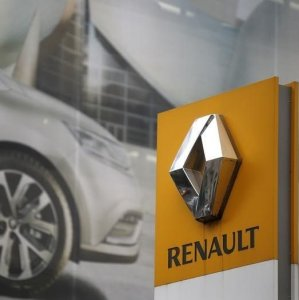 France Trims Renault Stake Back to Pre-Showdown Level