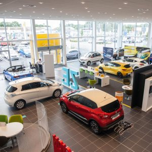 Renault Reports €3.2b Profit in 2016