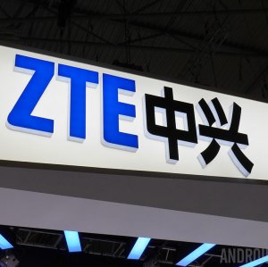 ZTE Waits for  Iran-Related Penalty